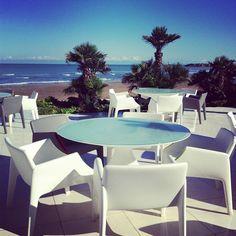 Seaside Beach Restaurant Baku'de Neotek urunleri - Magic Hole by Philippe Starck  || Thanks to @neotekofis Instagram User