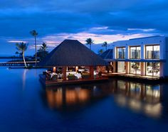 Four-Seasons-Resort-Mauritius.jpg