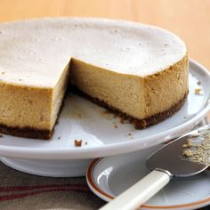 Pumpkin Cheesecake - the recipe doesn't look that great, but I like the baking tips she gives!