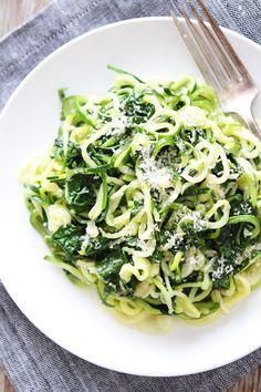 5-Ingredient Spinach Parmesan Zucchini Noodles