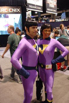 cosplay | Wonder Twins Cosplay – Comic-Con 2010 Boy Halloween Costumes, Halloween 2015, Cosplay Costumes, Funny Comics, Dc Comics, Wonder Twins, Super Man, Cos Play, Mixed Emotions