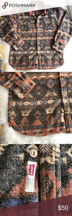 Levi's • Men's Aztec Printed Pullover Great pullover thick sweater in an Aztec print from Levi's. Half Button up detail, collar.   • Size: XXL • Condition: Like new, hardly any wear.   No trades. Levi's Sweaters