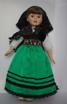 Traditional Slovak Doll My Heritage, Barbie Clothes, Stuffed Animals, American Girl, Ethnic, Folk, German, Arts And Crafts, Costumes