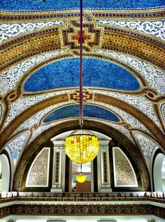 Louis Comfort Tiffany Mosaic Dome at Macy's (formerly Marshall Field's) in downtown Chicago. Spectacular...