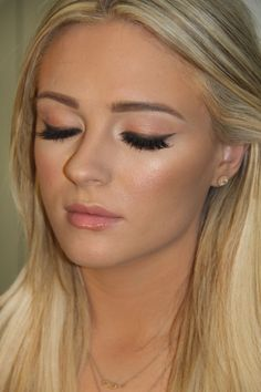 Easy and natural look using very little makeup!