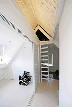 Witte zolderverdieping