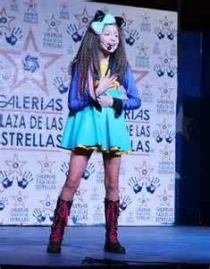 CELEBRIDADES FEMENINAS Por E TValens: Karol sevilla - Belleza Latina ...