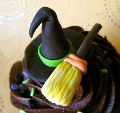 witch hat and broom halloween edible fondant cupcake topper by ArtisanCakeCompany, via Flickr