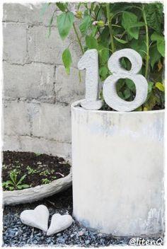 .Store betongtall til huset. Glass Of Milk, Concrete, Mosaic, Stones, Rocks, Stone, Mosaics, Tile Mosaics, Cement