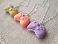 Tiny game controller necklace gamer girl by ClayCreationsForEver Fimo Kawaii, Polymer Clay Kawaii, Polymer Clay Charms, Polymer Clay Creations, Polymer Clay Art, Polymer Clay Jewelry, Bff Necklaces, Friendship Necklaces, Gothic Necklaces