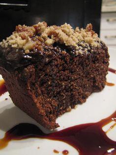 עוגת שוקולד ואגוזי מלך מכוסמת (ללא גלוטן וסוכר)