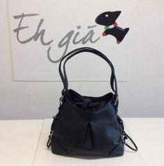 Eh Gia Bag Practical and Stylish Black Hondendraagtas