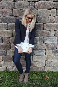 H | High Heels & Happy Hartz #higheelsandhappyhartz #katespadeny #livecolorfully #agenda #lifeguardpress #blazer #navy #blonde #bow #womensfashion #blogger #fashionblogger #oldnavy