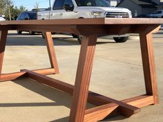 Modern Sapele Wood Dining Table (Mahogany) (Trestle) (Farmhouse) – Amazing World Food and Recipes Deck Table, Diy Dining Table, Trestle Dining Tables, Diy Table Legs, Wood Table Bases, Wood Table Design, Dining Table Design, Woodworking Furniture, Woodworking Toys
