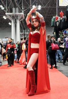 Batgirl, Catwoman, Comic Con Cosplay, Best Cosplay, Cool Costumes, Cosplay Costumes, Iron Man Cosplay, Ugly Americans, Lady Loki