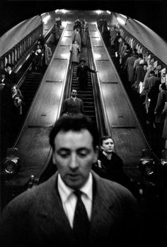 Sergio Larraín. Baker Street station, London Underground
