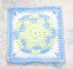 """SmoothFox's Baby Ball 6"""" Square Free Crochet Pattern"""
