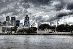 Lasciate in borsa le guide turistiche, questa volta. Tra le mille strade di Londra si nascondono negozi, pub e giardini di grande bellezza e fascino, ma che non rientrano nella lista dei classici itinerari
