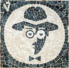 fernandopessoacalcada Stone Mosaic, Mosaic Art, Sea Activities, Portuguese Culture, Mosaic Flowers, Western World, Driveways, Most Beautiful Cities, Travel Posters