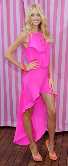 Lindsay Ellingson...I don't even know who this is..just love the pink!
