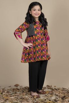 Kayseria Best Winter Dresses Collection for Women & Girls Source by dresses pakistani Girls Dresses Sewing, Cute Girl Dresses, Stylish Dresses For Girls, Baby Girl Dress Design, Girls Frock Design, Baby Girl Frocks, Frocks For Girls, Baby Frocks Designs, Kids Frocks Design