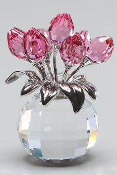 I have a similar bouquet of swarovski tulips. so pretty. Swarovski Crystal Figurines, Swarovski Crystals, Parfum Chic, Crystal Gallery, Glass Figurines, Mason Jar Gifts, Birthday Gifts For Girls, Easy Gifts, Diy Christmas Gifts