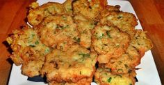 pataniscas_bacalhau Cod Recipes, Fish Recipes, Healthy Recipes, Portuguese Recipes, Fish Dishes, Easy Cooking, Finger Foods, Delicious Desserts, Seafood