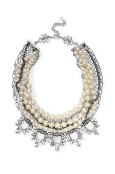 The most elegant and classic statement necklace yet, the Starlet Pearl Necklace combines hand-strung glass pearls and chic sparkle strands.#wedding #pearl #vintage #fashion #style #necklace #sdstyle #summer #gift Find it at www.stelladot.co.uk/camillalh