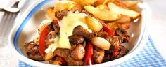 serbian boiled beef and horseradhish Beef Recipes, Recipies, Boiled Beef, Grilled Peppers, Pot Roast, Food And Drink, Healthy Eating, Favorite Recipes, Stuffed Peppers