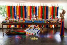 Mesa da festa infantil Pintando o 7 - Foto: Michele Lekan