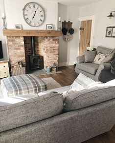 Inspiring Living Room With Fireplace Decor Ideas Which Makes Your House Warmer