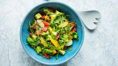 Salat med grapefrukt, appelsin, avokado og limedressing