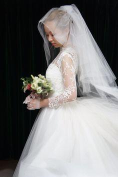 http://www.siesta-dress.com/topi/at/tu/tu.html