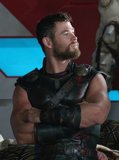 He's beauty and he's grace... He's the Seductive Lord of Thunder <3