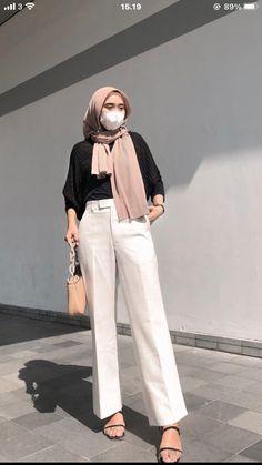 Modern Hijab Fashion, Street Hijab Fashion, Hijab Fashion Inspiration, Muslim Fashion, Kebaya Modern Hijab, Casual Hijab Outfit, Ootd Hijab, Casual Outfits, Fashion Outfits