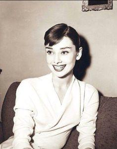 #AudreyHepburn #smile #wonderful #actress #Hollywood