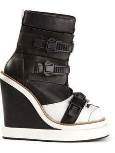 Ktz Buckled Wedged Boots - Wok-store - Farfetch.com