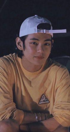 Bts Taehyung, Bts Bangtan Boy, V Bts Cute, I Love Bts, Foto Bts, Daegu, V And Jin, V Bts Wallpaper, Les Bts