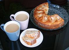 Jablečný věnec Pancakes, French Toast, Breakfast, Food, Morning Coffee, Essen, Pancake, Meals, Yemek