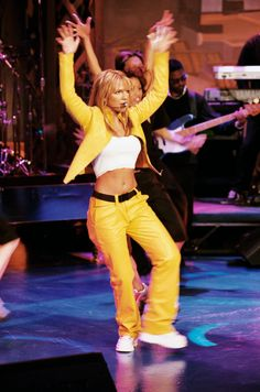 Britney Spears Performance, Britney Spears Body, Britney Spears Costume, Britney Spears Outfits, Britney Spears 2000, Britney Spears Pictures, Britney Spears Young, Estilo Rock, Baby One More Time