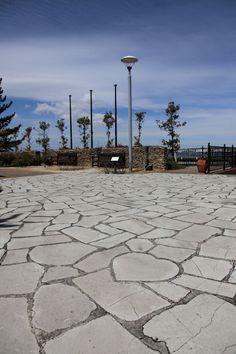 ハートが隠れた石畳 - 名古屋港ワイルドフラワーガーデンブルーボネット - - Photo Carefree