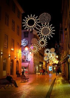 beautiful-street-at-christmas-in-lisbon-portugal