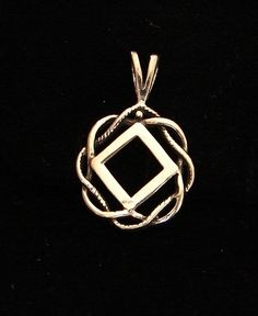 "Sterling Silver Narcotics Anonymous 11 16"" NA Symbol Celtic Knot Pendant Jewelry 