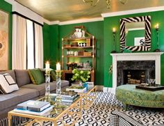 Emerald Green Living Room - Design photos, ideas and inspiration. Amazing gallery of interior design and decorating ideas of Emerald Green Living Room in living rooms, dining rooms, laundry/mudrooms, boy's rooms by elite interior designers. Living Room Green, Green Rooms, Interior Design, House Interior, Wall Paint Colors, Ceiling Design, Interior, Contemporary Living Room, Interior Designers