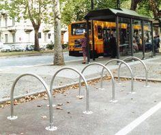 Rangement cycles en métal, Arco, par Guyon, mobilier urbain / Steel bike rack, by Guyon, urban furniture Cycle Stand, Support, Arch, Outdoor Structures, Urban, Stylish, Garden, Design, Street Furniture