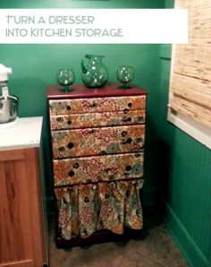 There are countless ideas for great DIY furniture, enchant your apartment with lots of charm and character. Best DIY furniture ideas are waiting for you. Diy Furniture Redo, Diy Furniture Projects, Refurbished Furniture, Repurposed Furniture, Diy Kitchen Storage, Diy Storage, Before After Furniture, Diy Chalk Paint Recipe, Dresser Refinish