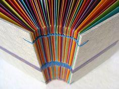 Livre d'or à enveloppes multicolore