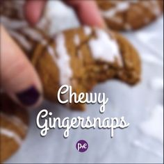 These delicious Gingersnaps cookies are chewy and super easy to make! Ginger Snaps Recipe, Ginger Snap Cookies, Easy Sugar Cookies, Yummy Cookies, Macaroons, Appetizer Recipes, Dessert Recipes, Appetizers, Baking Recipes