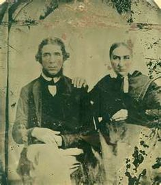 Parents of Frank and Jesse James. His mother taught school at Decatur Nebraska at one time. Old West Photos, Antique Photos, Vintage Pictures, Old Pictures, Us History, American History, Family History, Jesse James Outlaw, Jessy James