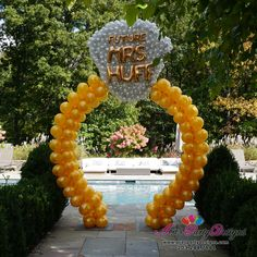 Walk-thru Diamond Ring Balloon Arch Sculpture. Engagement Ring and Bridal Shower Balloon Decor. #partywithballoons